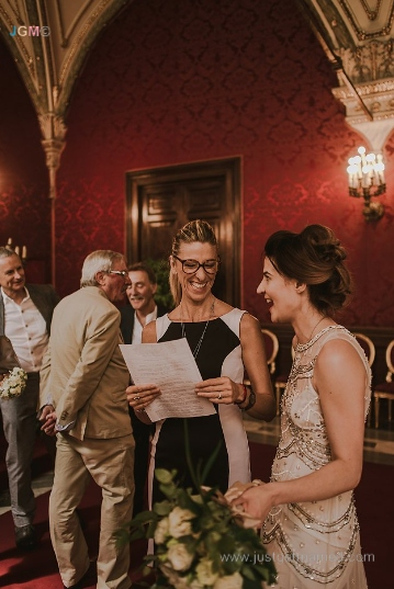 wedding officiant in rome campidoglio