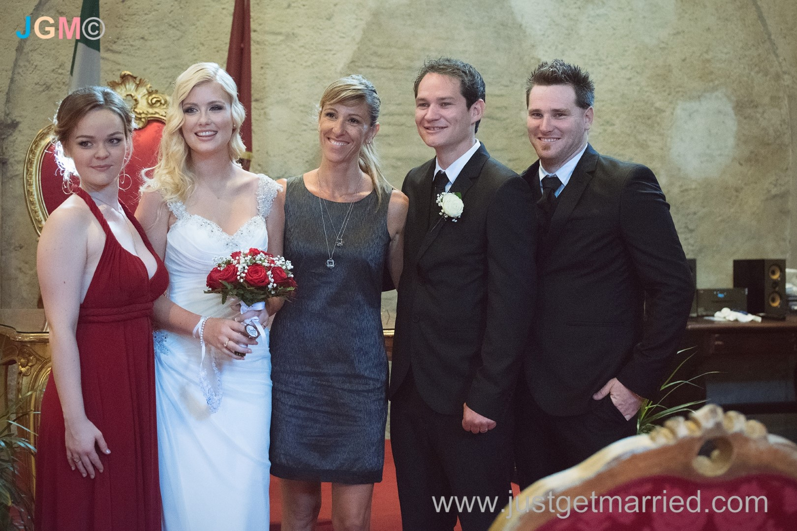 wedding officiant rome deborah taliani just get married in rome