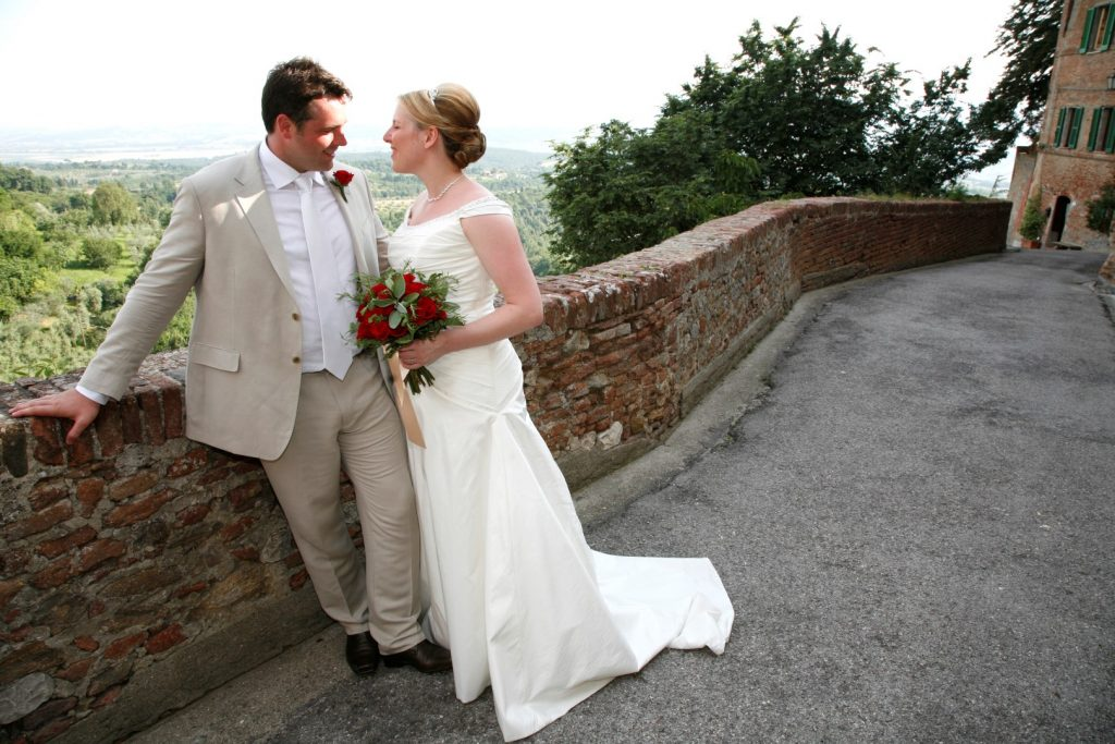 just get married in umbria wedding planner get married in itay