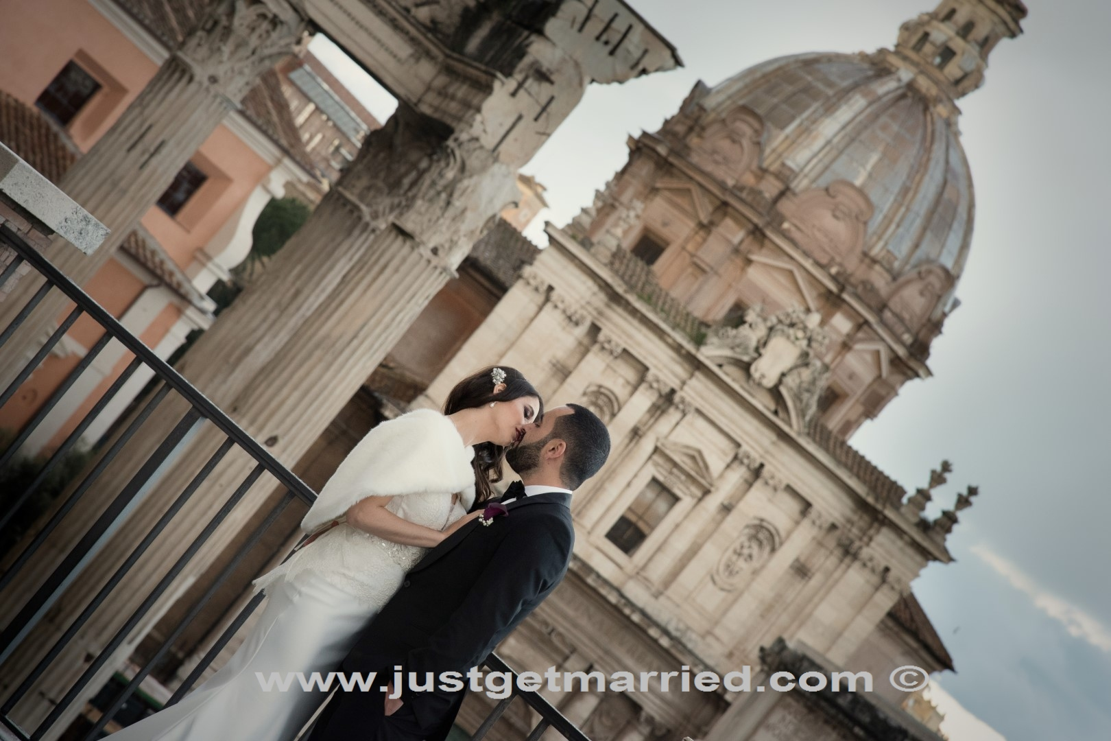 elope wedding rome officiant celebrant find a photographer for weddings rome