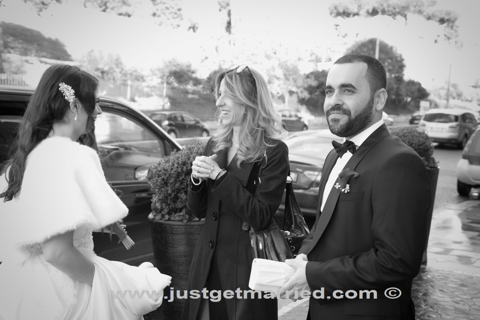wedding celebrant, officiant marriages, rome outdoor venue
